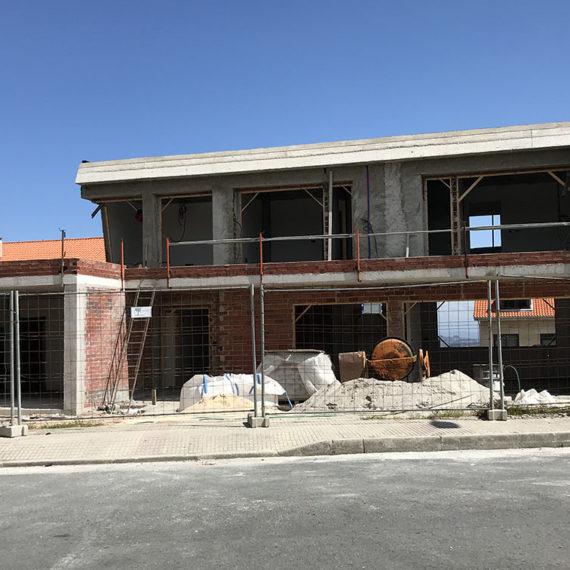 CONSTRUCCION VIVIENDA EN A ZAPATEIRA 3985