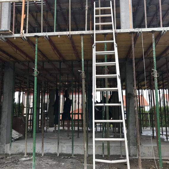 CONSTRUCCION VIVIENDA EN A ZAPATEIRA
